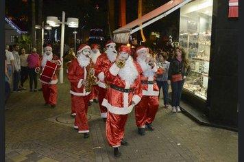 94d7e9a591 Atrações especiais de Natal animam Praça Adhemar de Barros
